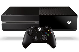 Console Microsoft Xbox One et sa manette