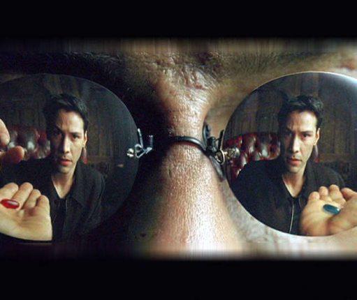 Neo et Morpheus : pilule rouge ou pilule bleue ?