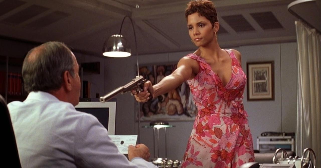 Giacinta « Jinx » Johnson (Halle Berry)
