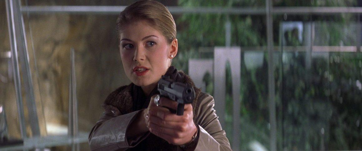 Miranda Frost (Rosamund Pike)